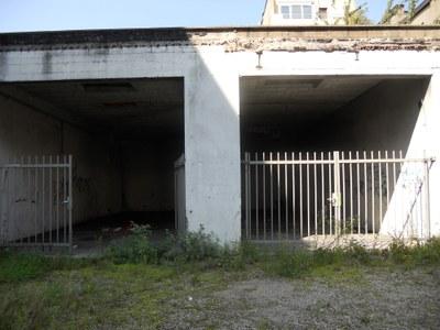 Espoir - verlaten hangar